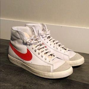 Nike Blazer Mid '77 Vintage 'Habanero Red'